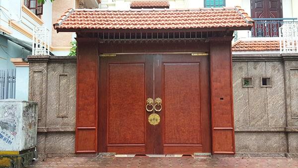 Chọn kích thước cổng nhà hai cánh bằng nhau theo thước lỗ ban