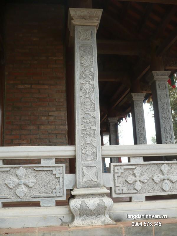 Cột đá xanh tự nhiên đẹp chạm khắc rồng giá hợp lý