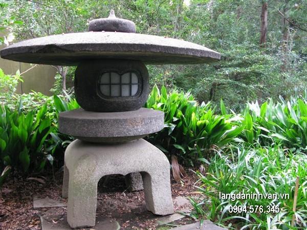 Đèn đá sân vườn đẹp chất lượng cao giá rẻ
