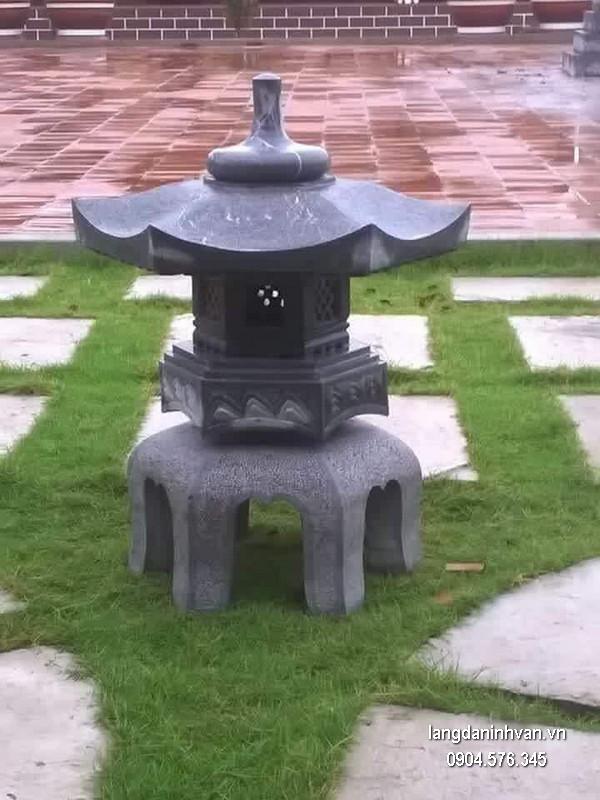 Đèn đá sân vườn đẹp thiết kế hiện đại giá hợp lý
