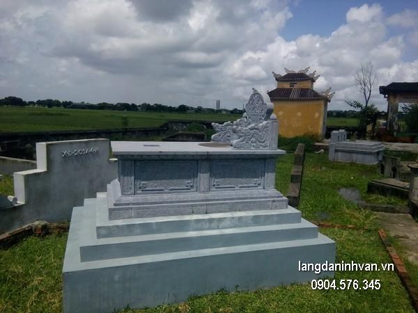 Mẫu mộ đá xanh khối đẹp nhất giá tốt thiết kế đơn giản