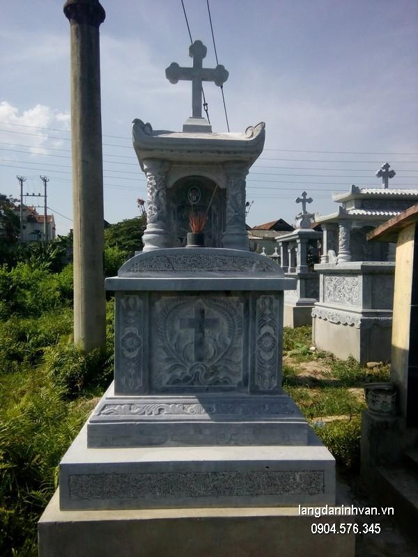 Mẫu mộ đá công giáo khối đẹp giá hợp lý thiết kế hiện đại