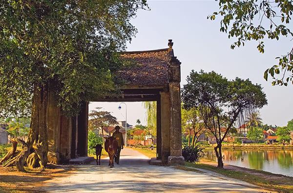 ý nghĩa sâu sắc của cổng làng