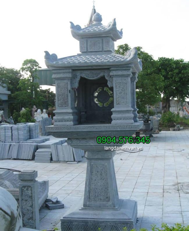 Cây hương thờ ngoài trời bằng đá xanh đẹp, chuẩn phong thủy
