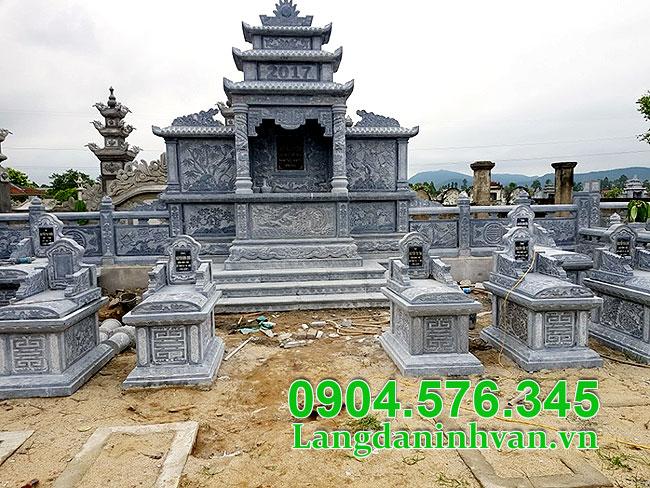 Mẫu thiết kế khu lăng mộ đá gia đình đẹp, mộ đá gia đình