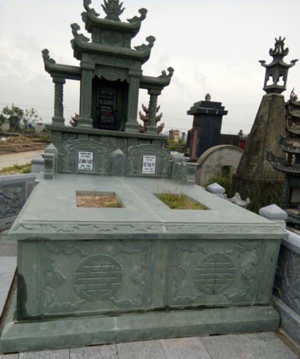 Mẫu mộ đá xanh rêu đẹp hợp phong thủy chất lượng cao giá hợp lý