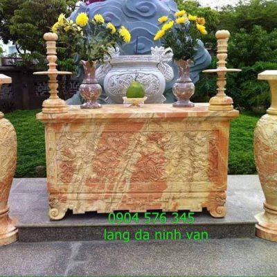Mẫu bàn lễ đá ngoài trời đẹp nhất được lắp đặt tại biệt thự tại Hà Nội