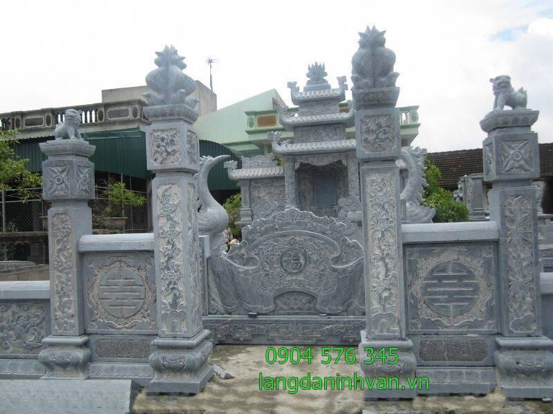cổng đá khu lăng mộ và cuốn thư đẹp tại long an