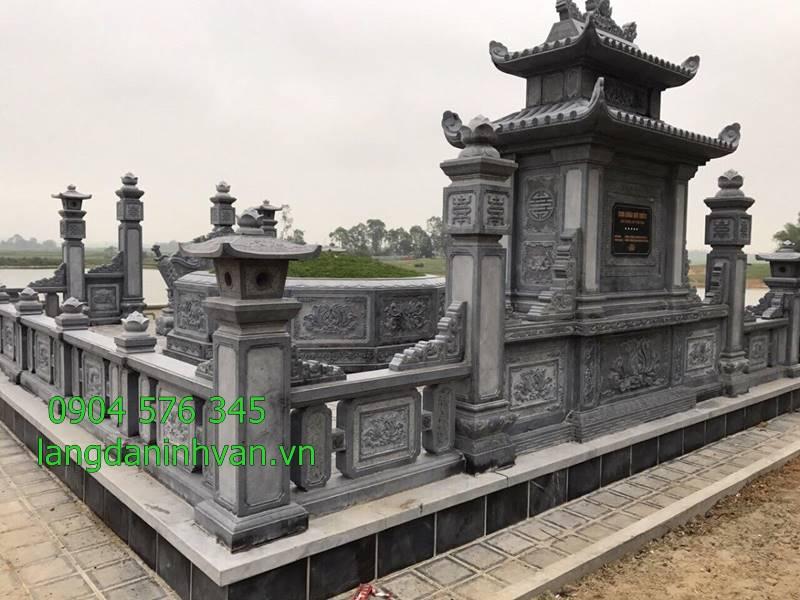 khu lăng mộ bằng đá xanh độc đáo được lắp đặt tại sài gòn