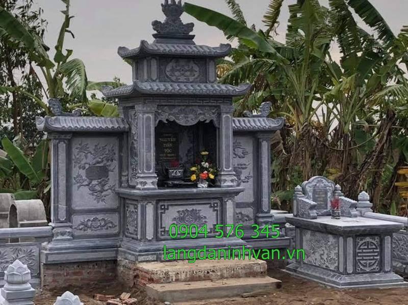 lăng đình lăng thờ bằng đá được lắp đặt tại quảng bình