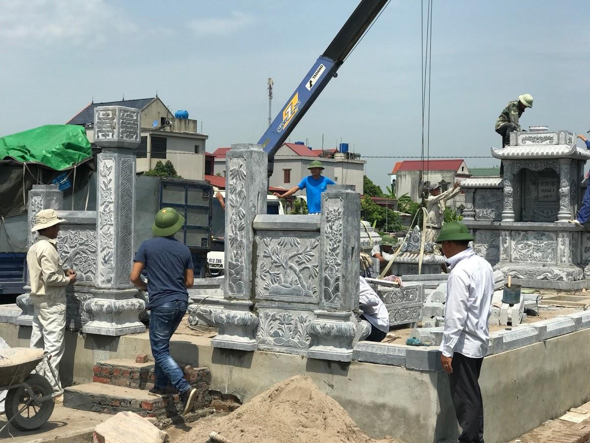 Lắp đặt khu lăng mộ gia đình bằng đá xanh tại Hải Dương