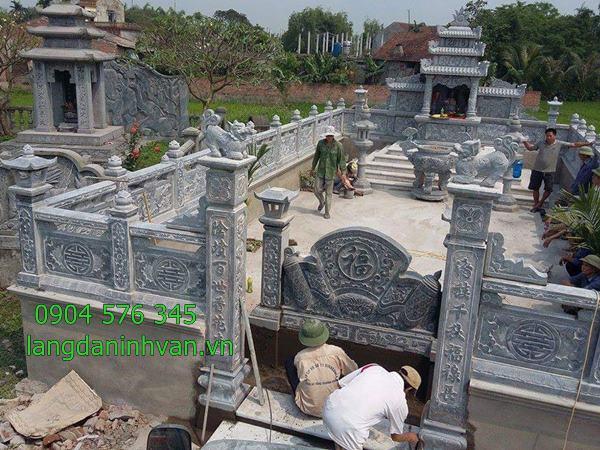 khu lăng mộ đá được lắp đặt tại quảng ngãi