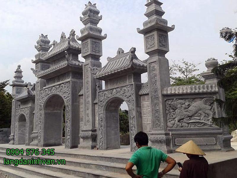 cổng tam quan nhà thờ họ đẹp nhất