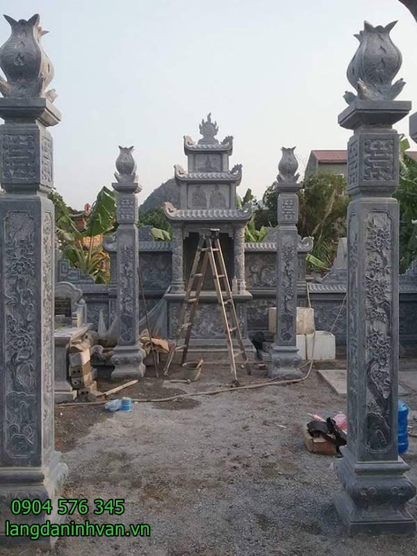 cổng đá khu lăng mộ đẹp