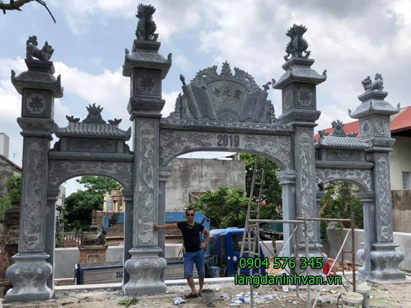 lắp đặt cổng đá nhà thờ họ Đỗ tại Bắc Ninh