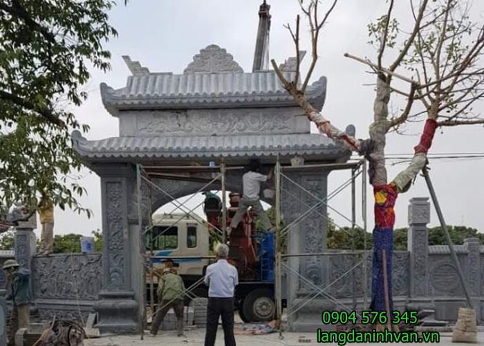 lắp đặt cổng tam quan đá nhà từ đường họ Phạm tại thái Nguyên