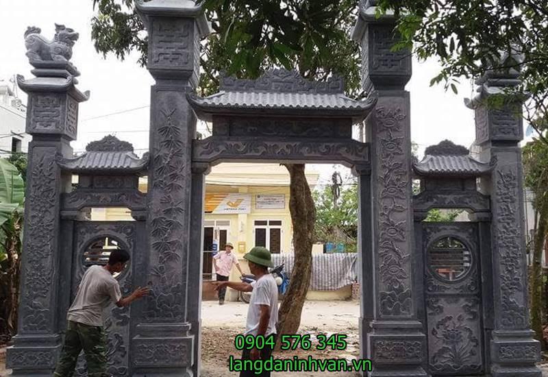 lắp đặt cổng nhà thờ họ chị Họ Nguyễn tại Hải Dương