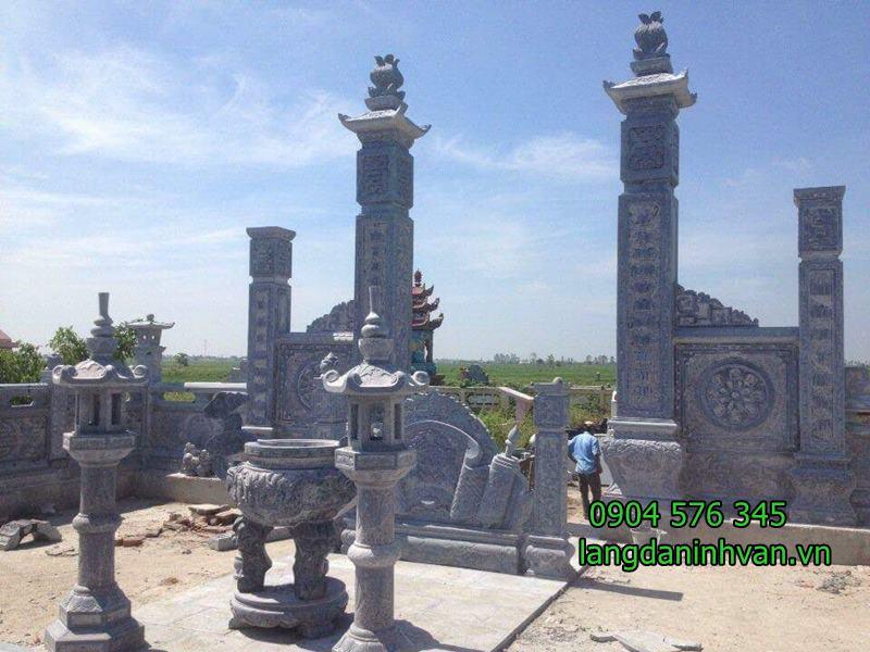 cổng khu lăng mộ và lư hương đèn đá cuốn thư khu lăng mộ đẹp - 04