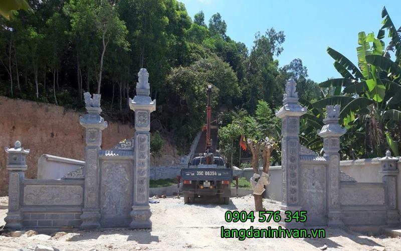 Cổng đá khu lăng mộ đẹp được lắp đặt với khu lăng mộ tại đà nẵng -08