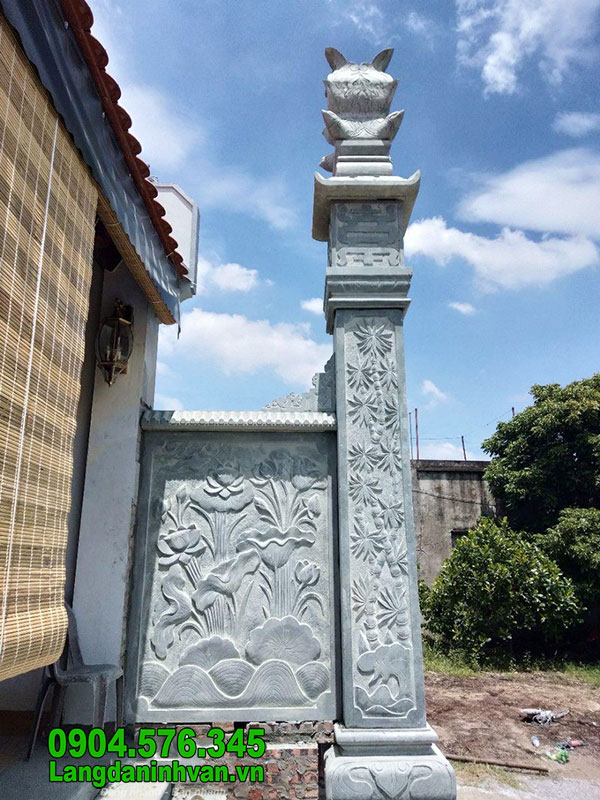 Cột đá đình chùa