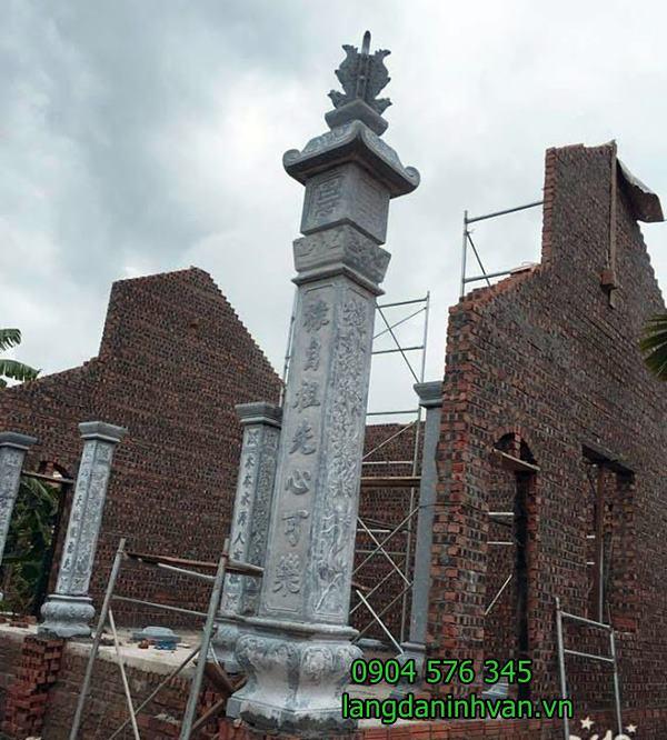 cột đồng trụ bằng tại nhà thờ họ