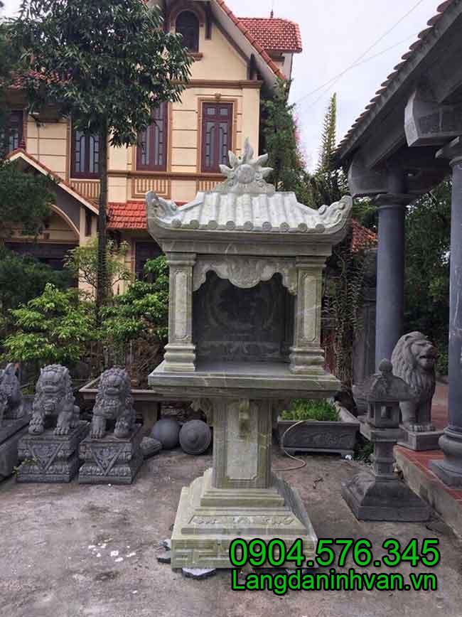 Mẫu bàn thiên trước nhà bằng đá