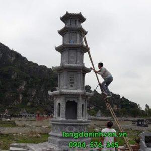 mộ tháp bằng đá tự nhiên đẹp
