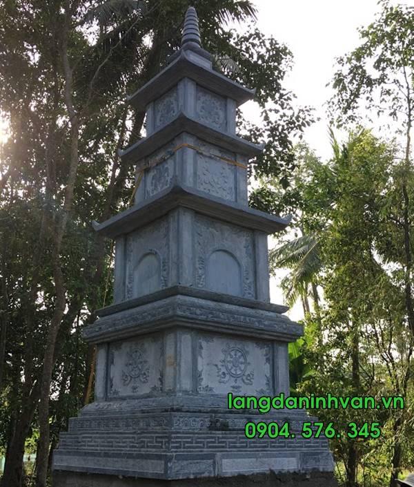 tháp phật giáo bằng đá đẹp