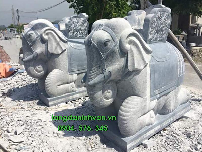 Voi đá - Voi đá đặt tại đình chùa và ý nghĩa tâm linh