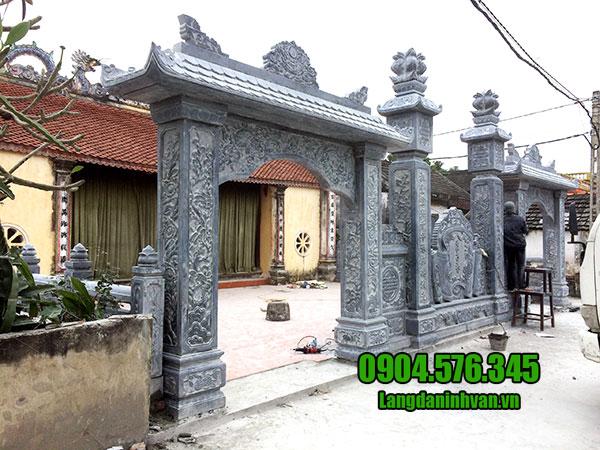 cổng nhà thờ tộc bằng đá