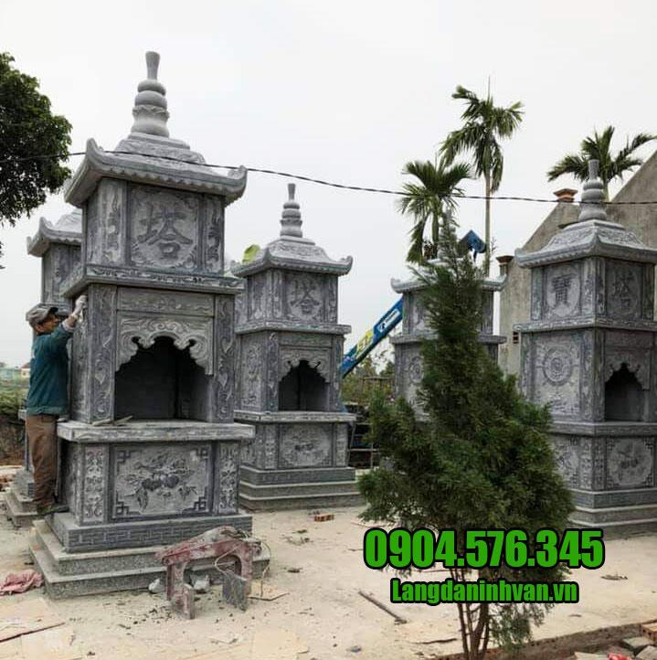 Mẫu mộ đá hình tháp
