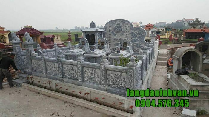 Khu lăng mộ bằng đá đẹp tại Ninh Bình