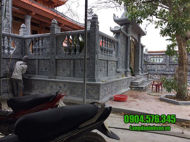cổng nhà thờ bằng đá đẹp