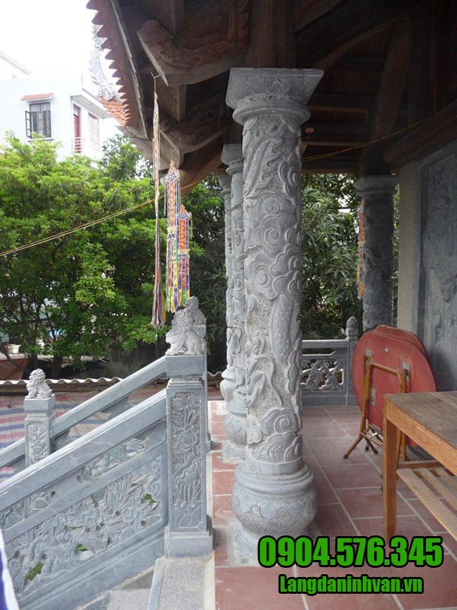 cột chạm rồng bằng đá xanh