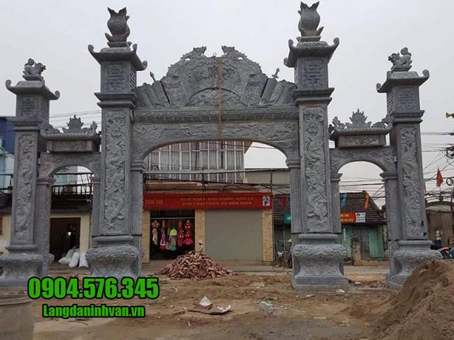 mẫu cổng nhà thờ bằng đá xanh đẹp