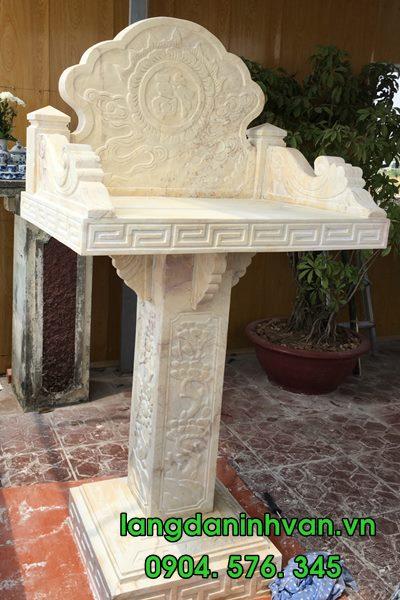 mẫu bàn thờ thiên bằng đá vàng tự nhiên đẹp