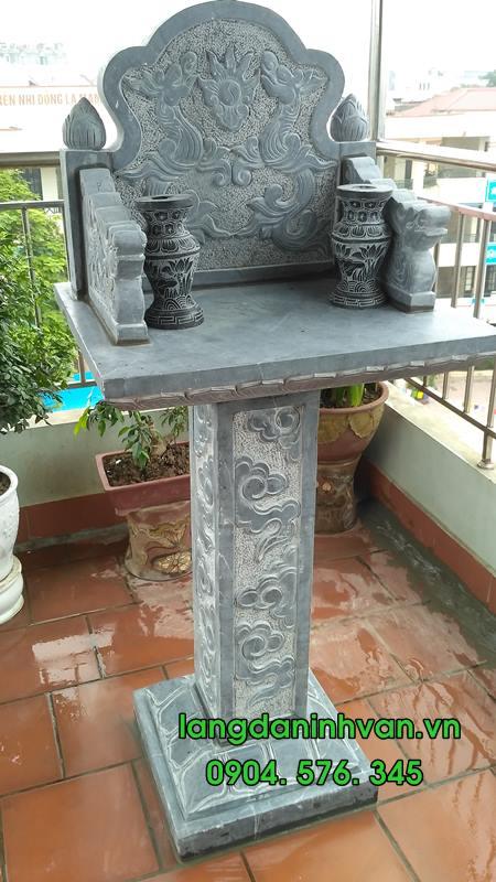 Mẫu bàn thờ thiên bằng đá xanh hiện đại