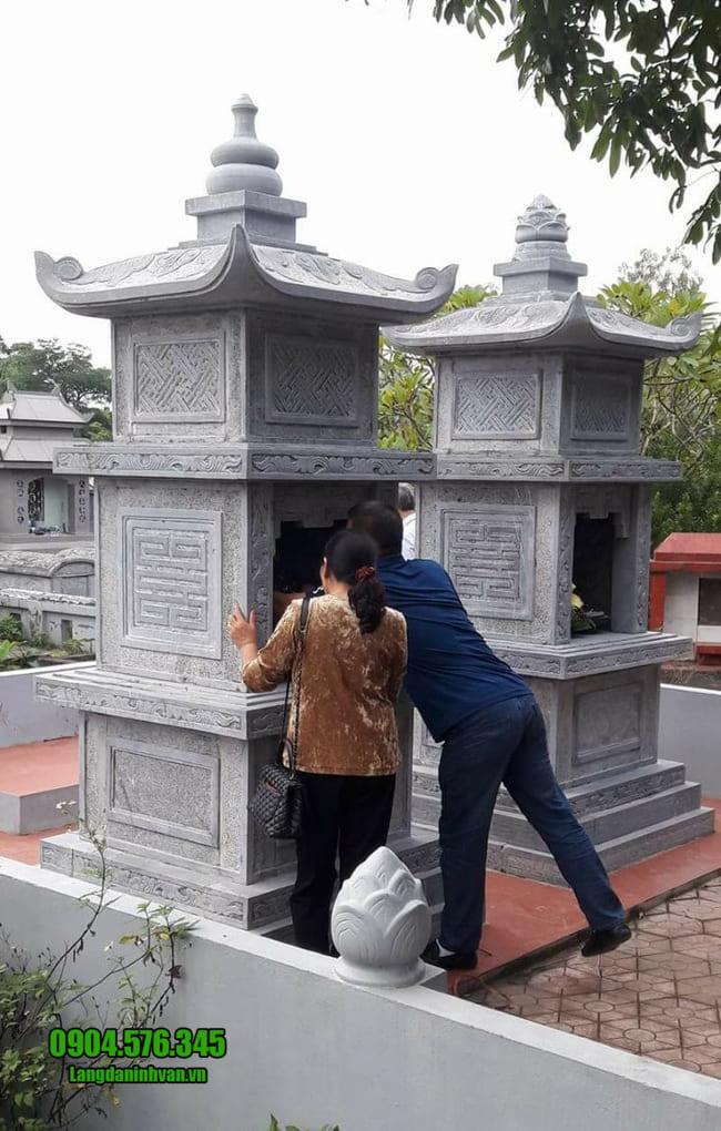 mẫu mộ đá hình tháp tại Huế đẹp nhất