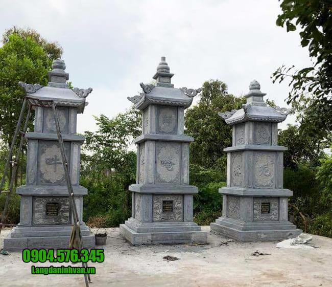 mộ đá hình tháp tại Bình Định