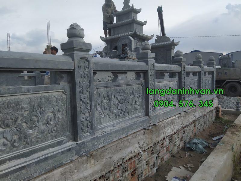 lan can khu lăng mộ đá xanh được lắp đặt tại hưng yên