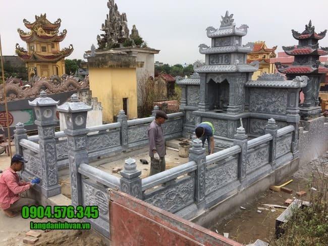 mẫu lăng mộ đá tại Huế