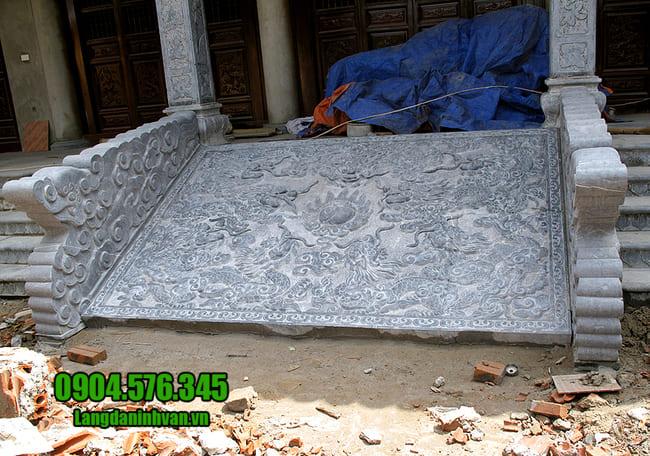 mẫu chiếu rồng bằng đá