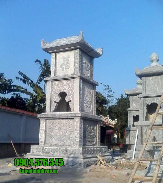 mộ tháp đá tại Phú Yên