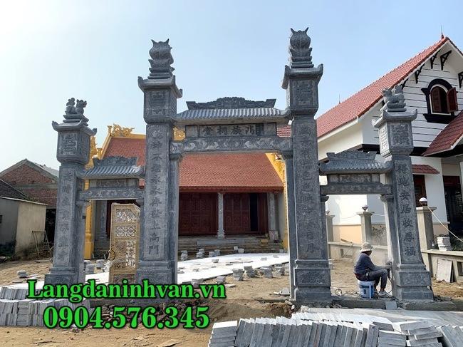 Kiến trúc cổng tam quan đá