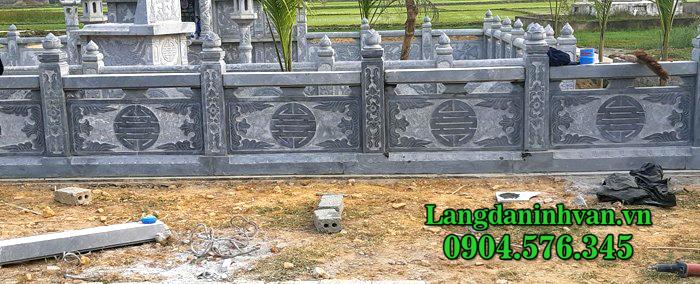 Lan can đá khắc chữ thọ
