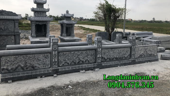 Tường rào nhà mồ