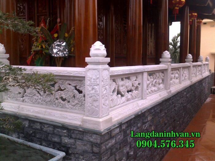 mẫu tường rào bằng đá trắng
