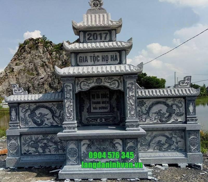 lăng thờ bằng đá đẹp trong khu lăng mộ gia đình