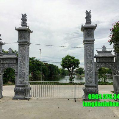 Mẫu cổng đình làng bằng đá xanh tự nhiên lắp đặt tại Hà Nội